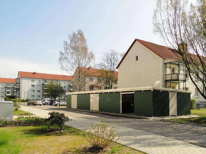 """Neugestalteter Innenhof der Gustav-Kurtze-Promenade der WBG """"Aufbau"""" Strausberg eG_03"""
