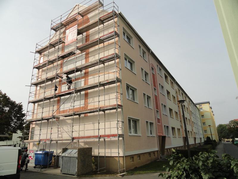 Hofansicht der sanierten Fassade in der Müncheberger Straße